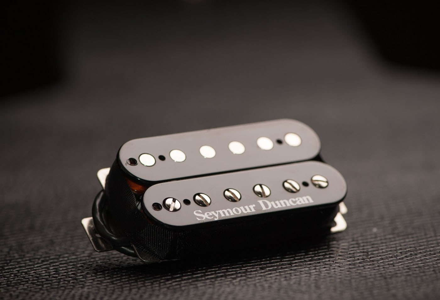seymour duncan sh 11 custom custom bridge humbucker pickup black solo guitars. Black Bedroom Furniture Sets. Home Design Ideas
